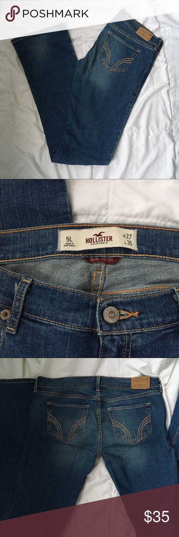 Hollister Boot cut jeans Recently purchased, but unfortunately too large for me. Beautiful condition!! Slight flare. Very Minor wear on one of the bottom cuffs- see photo. Size 27x35L. Bundle and save! Hollister Jeans Flare & Wide Leg