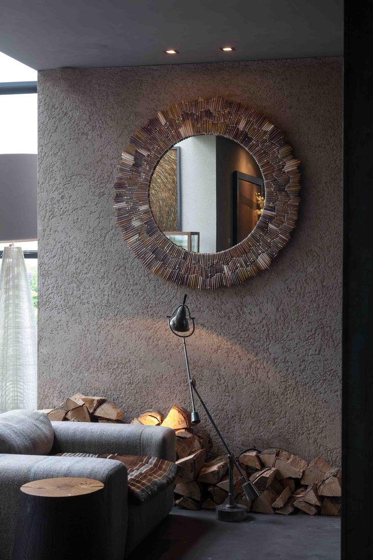 25 beste idee n over spiegel opknappen op pinterest badkamer updates badkamer spiegels - Spiegel in de woonkamer ...