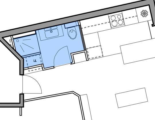 Plan d'une salle d'eau de 4,20 m² avec douche, wc et espace lave-linge - 28 plans pour une petite salle de bains (- de 5m²) - CôtéMaison.fr