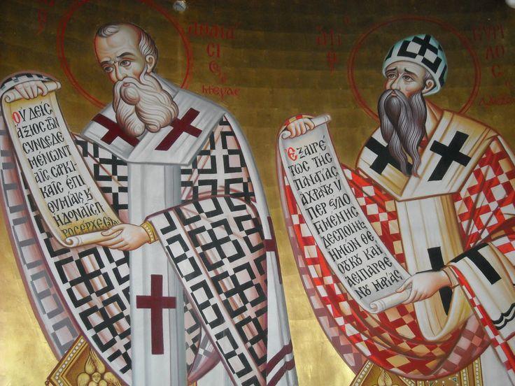 Η Εκκλησία θέλησε να αδελφώσει την μνήμη των δύο Μεγάλων Πατέρων αυτής και Αρχιεπισκόπων Αλεξανδρείας, του Μεγάλου Αθανασίου, πρωταγωνιστή κατά του Αρειανισμού, και του Αγίου Κυρίλλου, πρωταγωνιστή κατά του Νεστοριανισμού και όρισε το συνεορτασμό τους στις 18 Ιανουαρίου.