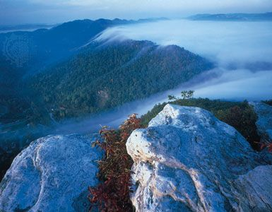 cumberland gap christian single men The passage created by cumberland gap was well-traveled by native americans long before the arrival of european-american settlers the earliest written account of cumberland gap dates to the 1670s, by abraham wood of virginia.