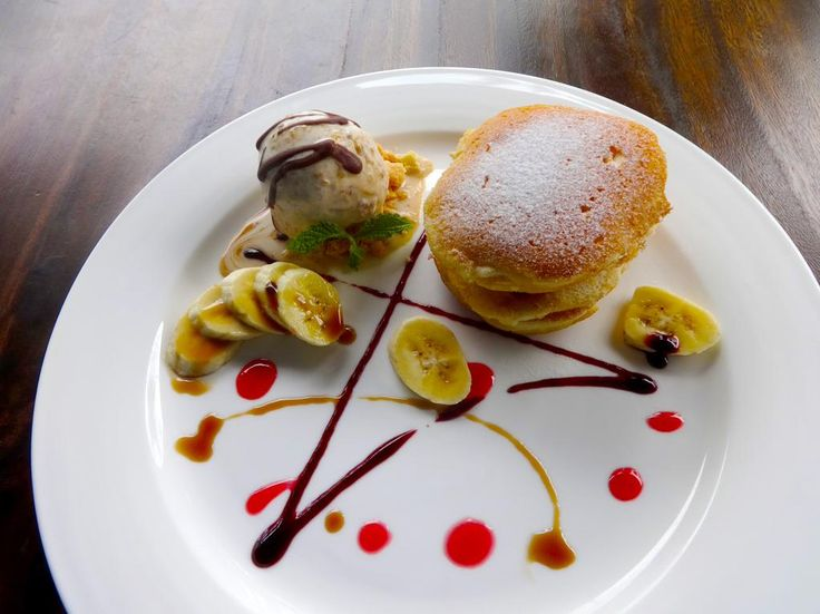 Banana Pancakes at La Perla Restaurant #LeCoralHideaway #Food #yummyfood