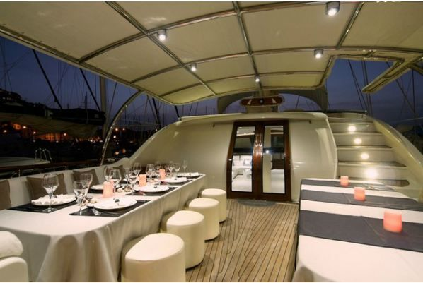 Alessandro Sailboat in Greece - Dinner on the deck