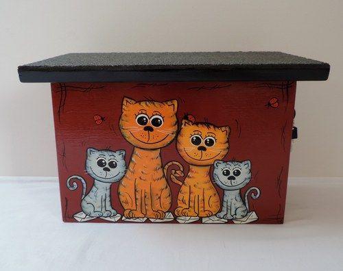 Poštovní schránka dřevěná-rodinka koček