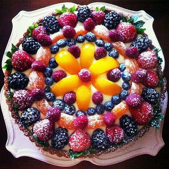 Видио украшение тортов шоколадной глазурью