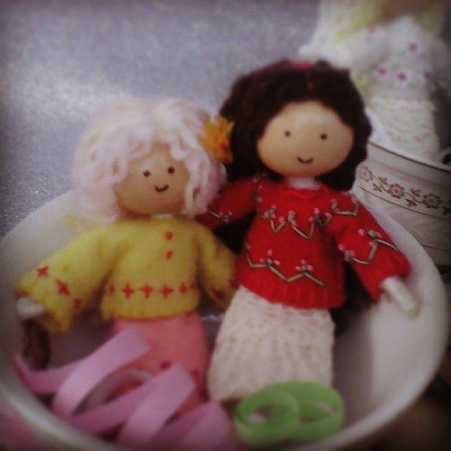 Handmade dolls  Muñecas hechas a mano  #doll#bendydoll #handmade #teacup#red#pink #puertovallarta #jalisco #mexico #miniature #muñecas #hechoamano #tazadecafe #taza #miniaturas #rosa#rojo #feltdoll