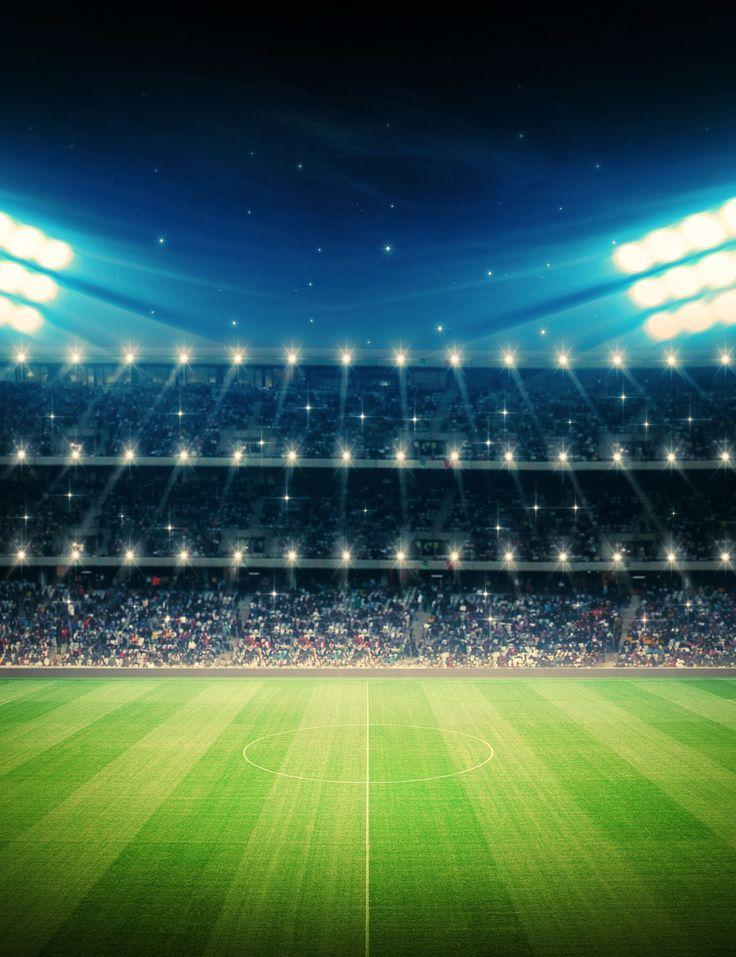 Chcielibyście zobaczyć w akcji jednego z gigantów krakowskiego footballu? Wisła Kraków, Cracovia – bilety na mecze - przyjedźcie, a my zajmiemy się resztą!