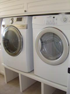 Best 25 washer pedestal ideas on pinterest diy washing room washer dryer pedestals solutioingenieria Choice Image