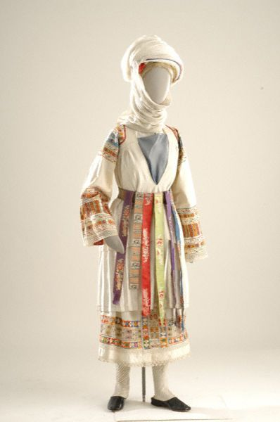 Chios: folk costume of Kalamoti village.