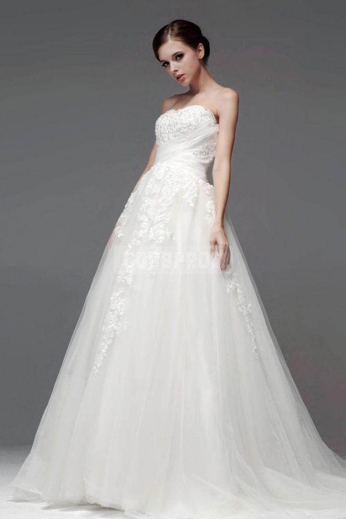 Empire Tulle Court Train A-line Button Back Embroidery Appliques Beaded Strapless Wedding Dress