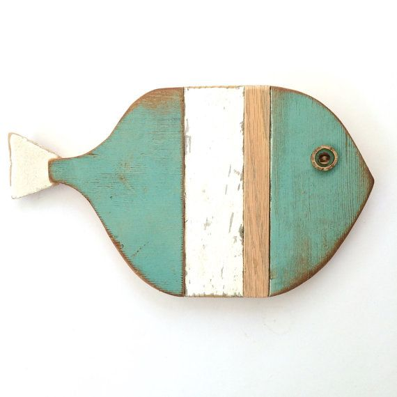 Handcrafted driftwood folk art fish art for interior or wall decor. This little fish was handmade using driftwood from the Southern California coast in