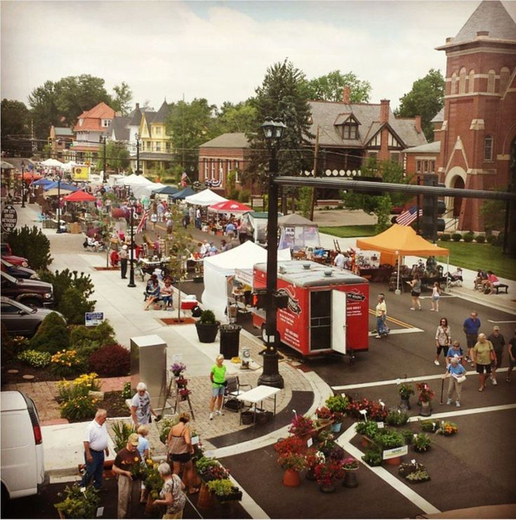 20 Ohio Small Towns You Should Be Spending Time in This