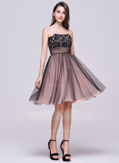 A-Line/Princess Strapless Knee-Length Tulle Lace Homecoming Dress With Ruffle (022068812)