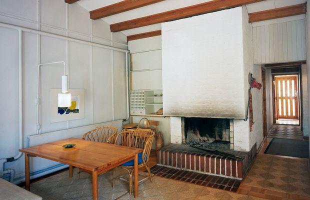 A Look Inside Alvar Aalto's Muuratsalo Experimental House 1