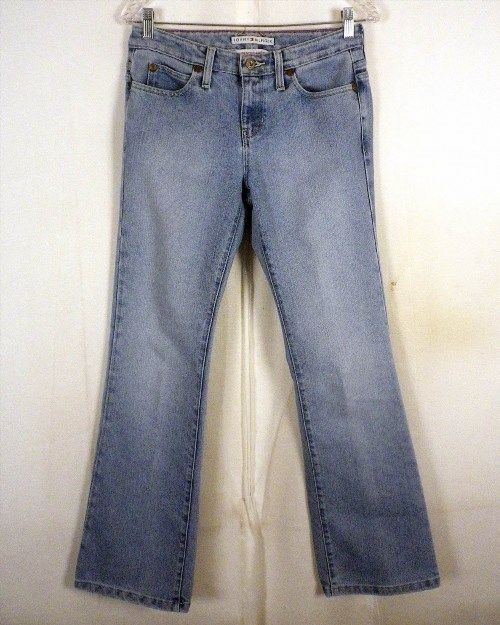 10.39$  Buy here - http://virhx.justgood.pw/vig/item.php?t=iqhd0524503 - euc Tommy Hilfiger hipster boot cut Denim Jeans ladies 29 X 32