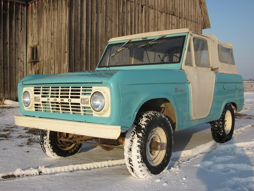 25 best ideas about early bronco for sale on pinterest ford bronco for sale bronco car and. Black Bedroom Furniture Sets. Home Design Ideas