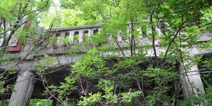 Photos: Remnants of Schenectady, New York Industrial Infrastructure