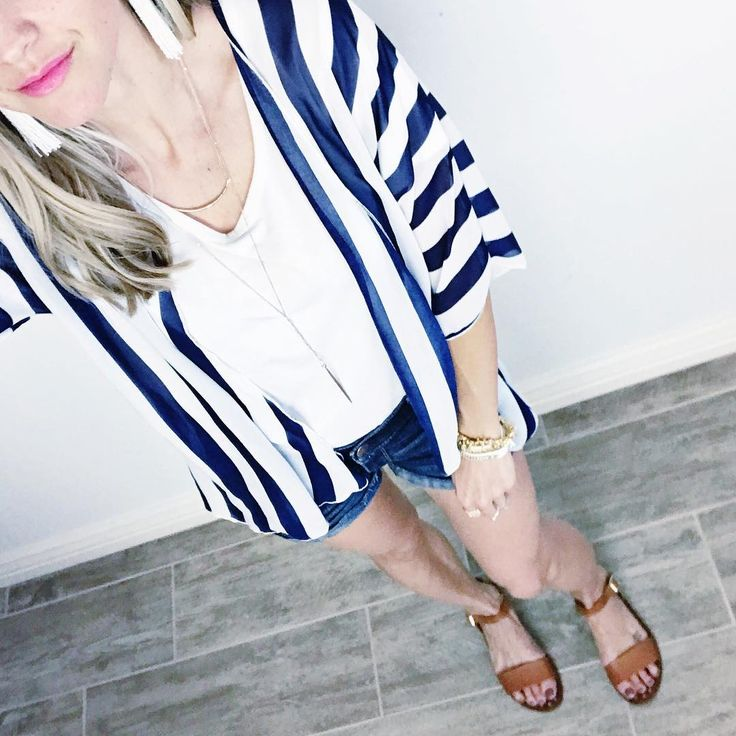 My perfect summer outfit in white and blue! LuLaRoe Bianka kimono with Stella & Dot Gita tassel earrings, Kari layered necklace, Gilded Path wrap bracelet; Renegade Cluster bracelet; and Steve Madden sandals. Click to shop Stella & Dot online, and follow @kendracampbellxo on Instagram!
