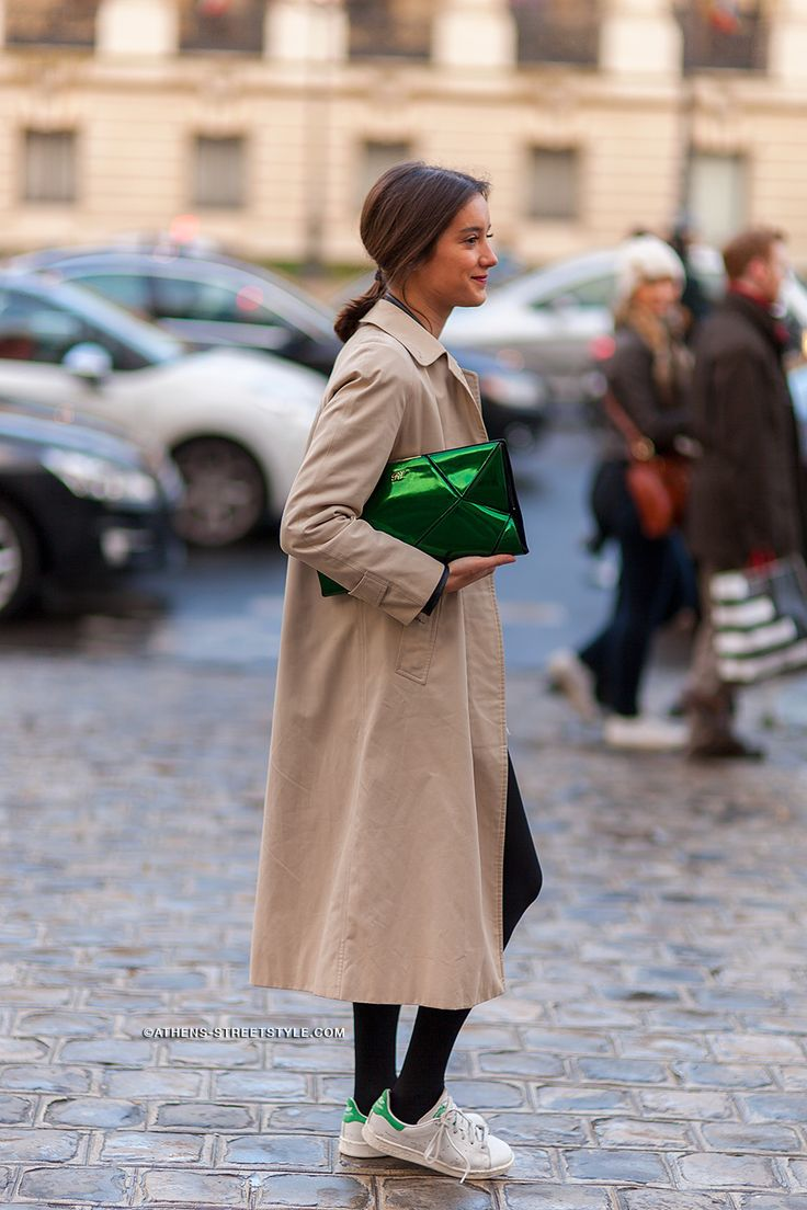 4534 Girl Trench Coat Stan Smith Paris Fashion Week Fall Winter 2014 2015 Street Style Street