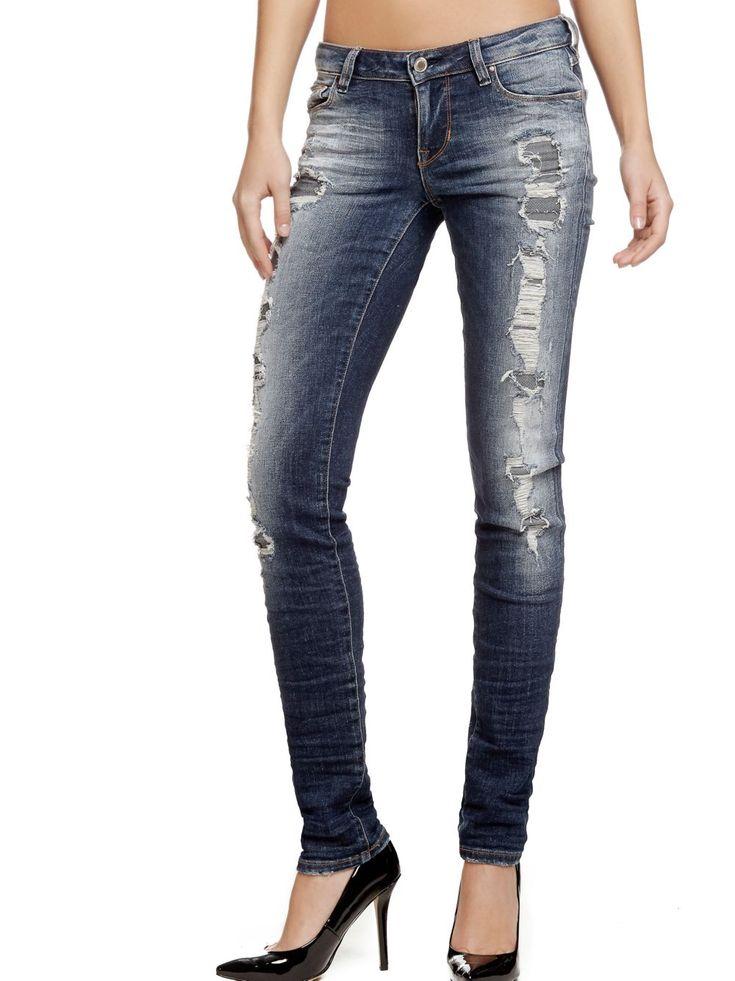 Soldes Jeans Femme Guess, achat en soldes JEAN SKINNY ABRASIONS Guess prix Jeans Soldes Guess 90.50 € TTC au lieu de 129.90 €