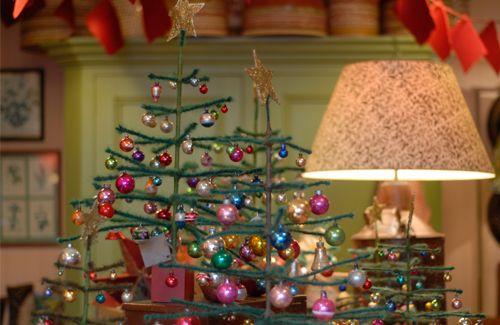 treesVintage Christmas, Blue Christmas, Christmas Holiday, Christmas Vintage, Christmas Trees, Christmas Ideas, Kitschy Christmas
