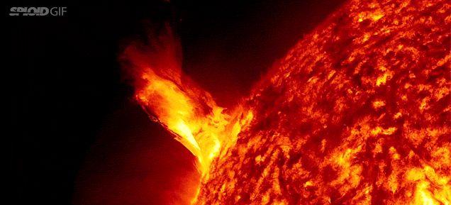 """SONIA FURTADO: ABRIL - EXPLOSÕES SOLARES.......O """"GIGANTE ACORDOU..."""