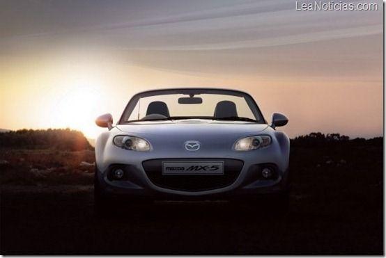 Este es el nuevo Mazda MX-5 Roadster y Roadster coupé - http://www.leanoticias.com/2012/11/17/este-es-el-nuevo-mazda-mx-5-roadster-y-roadster-coupe/