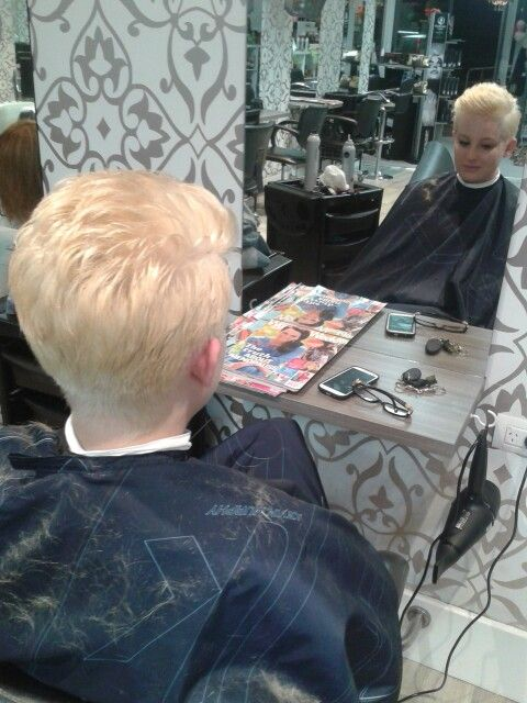 PINK inspiration! Platinum blonde& graduation - in salon