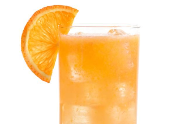 How to Make a Fruity Fuzzy Navel: The Fuzzy Navel is an easy peach and orange highball that's rather tame.