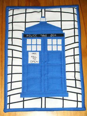 Tardis mini-quilt for my Dad.