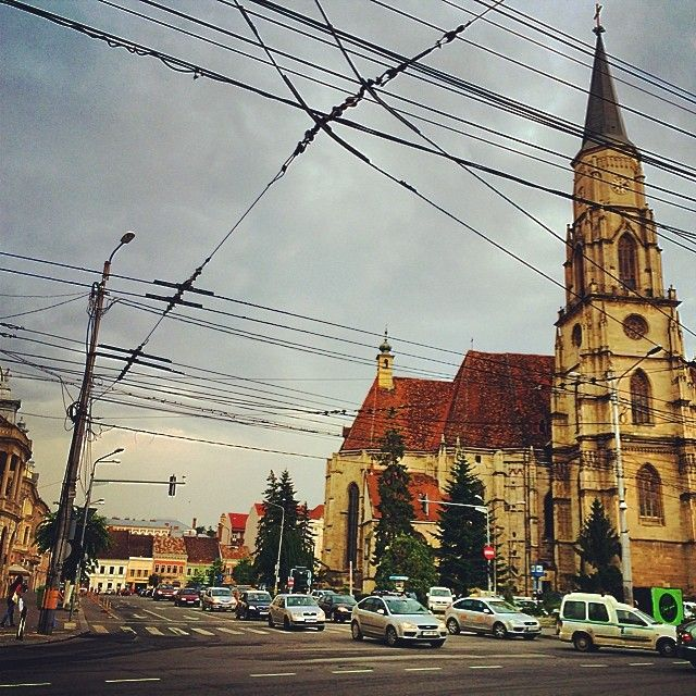 Unirii Square from Cluj. #roundtripromania #travel