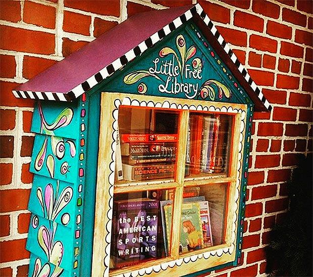 DIY: Create Your Own Little Free Library - http://www.decorationarch.net/decoration-ideas/diy-create-your-own-little-free-library.html