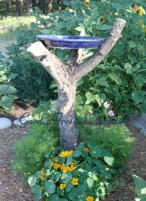 Rustic Garden Ideas rustic garden Rustic Garden Projects Rustic Bird Baths Garden Crafts Garden Decor