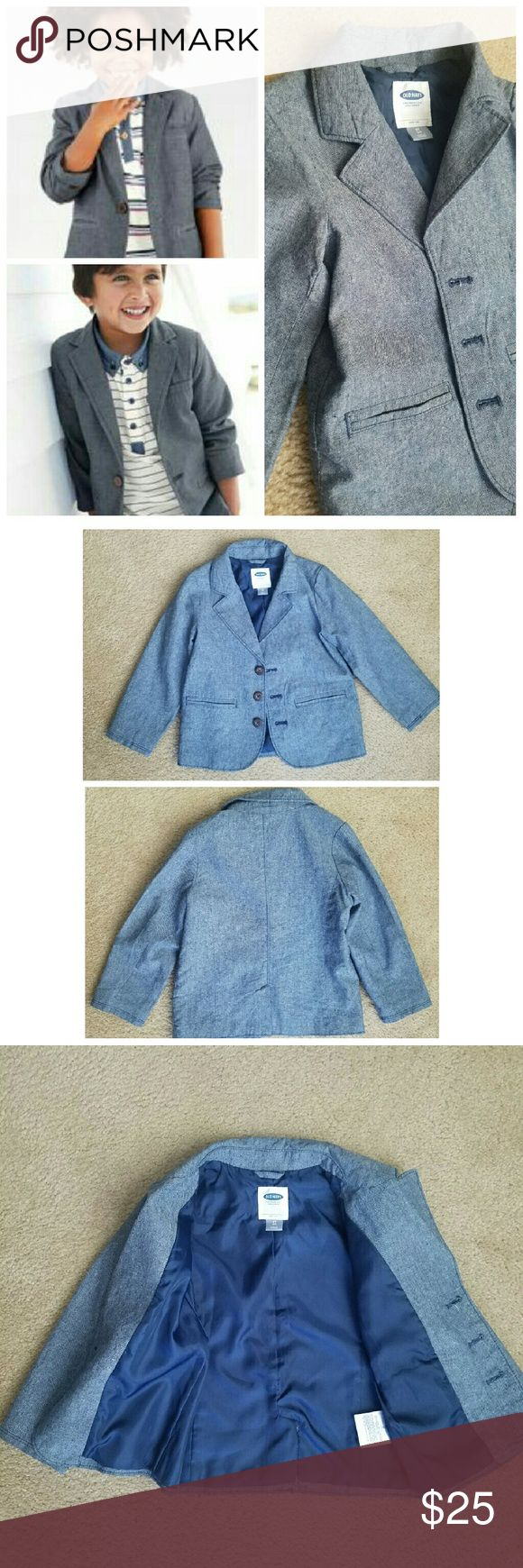 NEW Toddler Boy Chambray Blazer NWOT. Lightweight. Lined. Color changes in photo are due to lighting. Last photo more accurately depicts actual color. Old Navy Jackets & Coats Blazers