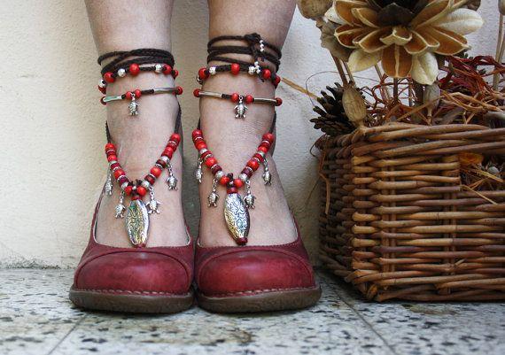 Big feet and small feet by Galina on Etsy