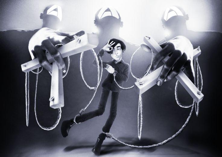 http://allienexist.deviantart.com/art/Puppet-Akbar-de-Wighar-Berydw-Co-founder-Kartenz-551067108