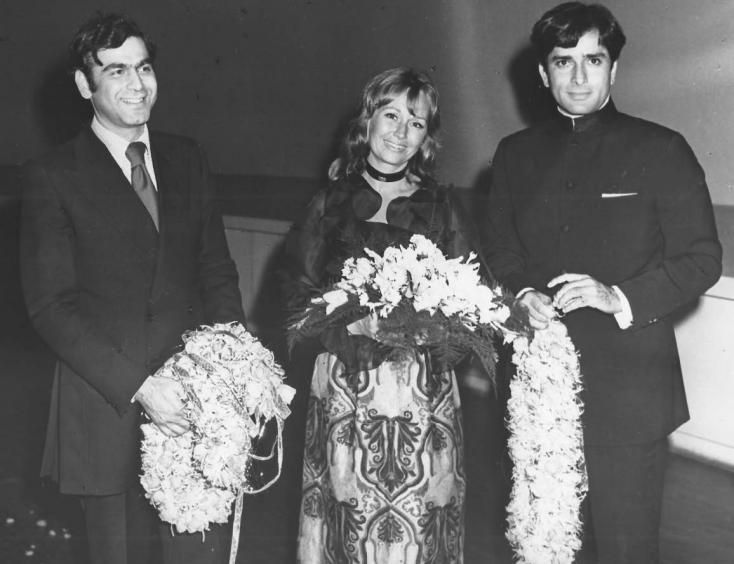 A Timeless Romance: How Shashi Kapoor Met His Wife Jennifer Kendal , http://bostondesiconnection.com/timeless-romance-shashi-kapoor-met-wife-jennifer-kendal/,  #ATimelessRomance:HowShashiKapoorMetHisWifeJenniferKendal