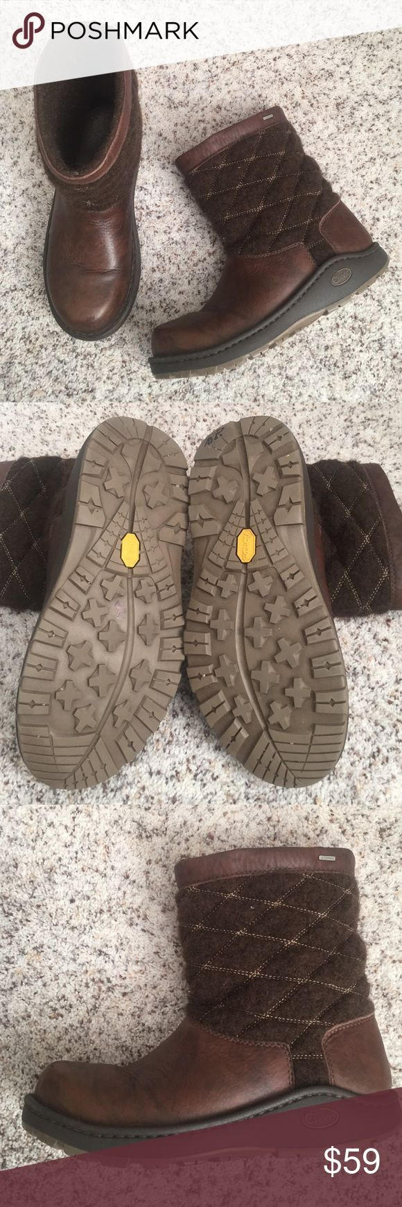 Chaco boots Arbors wool, waterproof boots. Great condition and super comfortable. Chaco Shoes Winter & Rain Boots