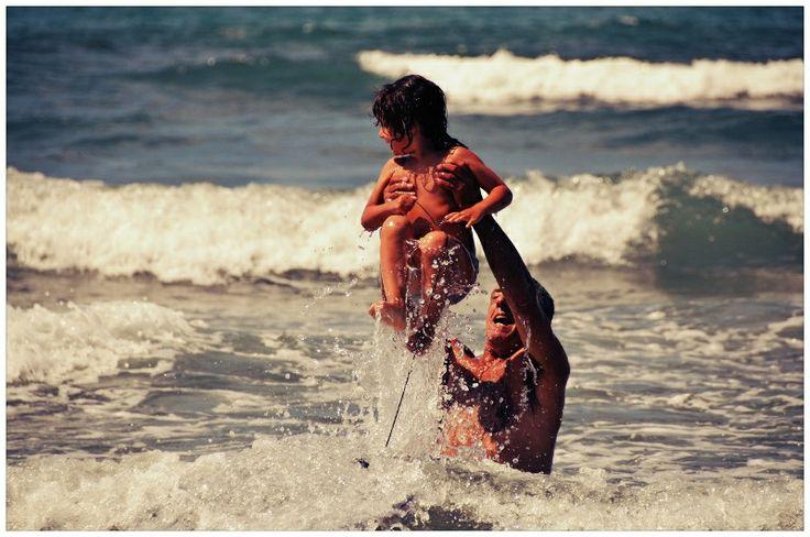 enjoying the bath #italy #lucca #fortedeimarmi #versilia #beach #spiaggia #rivera #mare #sea  #vacanze #travel #viaggio
