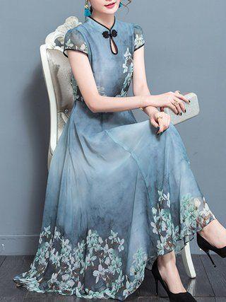 Plus Size - Short Sleeved Flower Dress