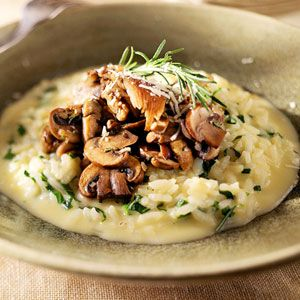 Smoked Gouda Risotto with Spinach and Mushrooms.