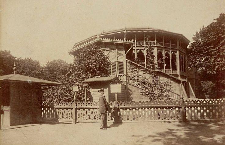 Mamy dla Was prawdziwą perełkę. Nieznane zdjęcia Warszawy z lat 1870-tych! Cudo! Letni teatr w Ogrodzie Saskim 1870