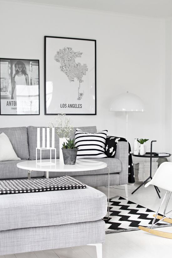 Black, white, grey. But lots of patterns all mixed up. Looks good. http://blog.stylizimo.com/