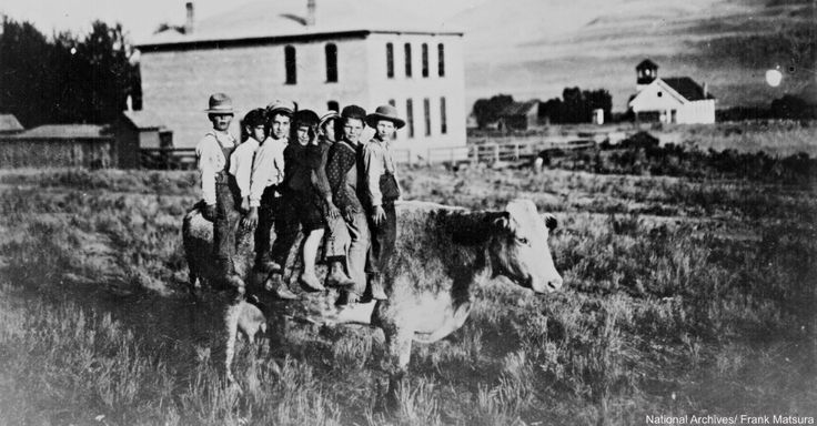 24 Incredible Photos From The Old West That Capture a Slice of Pioneer Life