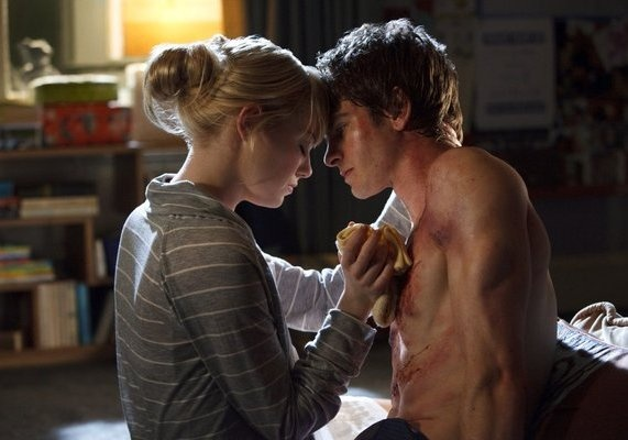 Andrew Garfield and Emma Stone in The Amazing Spider-Man 2012 Movie Hot Scene: Peter O'Toole, Amazing Spiders Man, Emma Stone, Movies, Spider Man, Amazing Spiderman, Andrew Garfield, Andrewgarfield, Emma Stones
