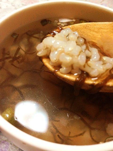 もずくうまいっ(*^o^*) - 0件のもぐもぐ - 梅もずくスープ雑炊 by B型だけどゴリラじゃないよ