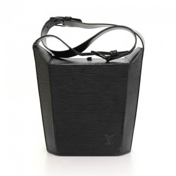 Vintage Louis Vuitton Sac Seau Black Epi Leather Shoulder Bag LL267 || $350