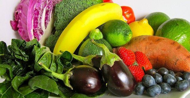 フルーツや野菜を食べると血圧が下がり毛細血管の機能を回復させることで、健康指標(BMI)、腰周り(ウェストのサイズ)、コレステロール、炎症、酸化ストレスなど脳卒中を引き起こす要因に良い結果と影響を与え脳卒中のリスクを下げる事に繋がります。 #ヘルス・フィットネス#ヘア・ビューティー#ガーデニング#健康#Health#サプリメント #ナチュロパシー