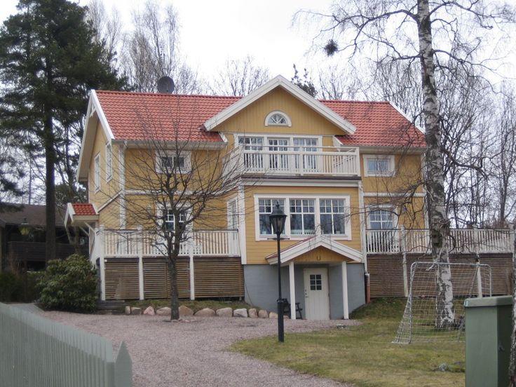 http://www.karlstad.savsjotrahus.se/bilder/Skattk%C3%A4rr.jpg sutteräng källare klasiskt hus
