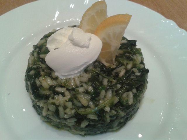 Рецепта за готвене на Ризото със спанак - продукти, начин на приготвяне. Как да сготвим Ризото със спанак - изпробвана рецепта за вкусни резултати!